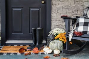 Home Exterior Decorating Ideas for a Fabulous Fall!